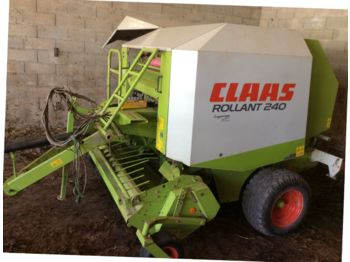 Claas ROLLANT 240 - round baler