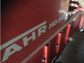 Square baler Fahr HD 360