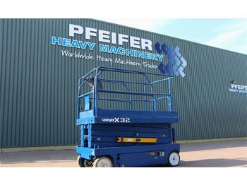 Scissor lift UpRight X32