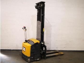 Caterpillar NSP16NI - stacker