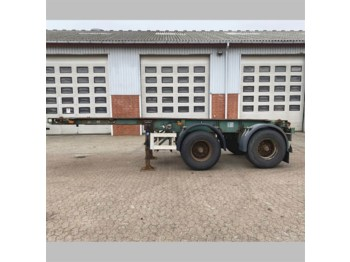Container transporter/ swap body semi-trailer Pacton Container chassis
