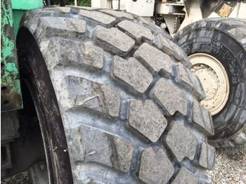 Tires Michelin XLD3