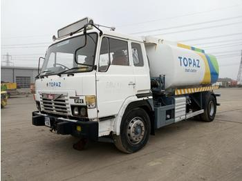 Tank truck Hino FH: picture 1